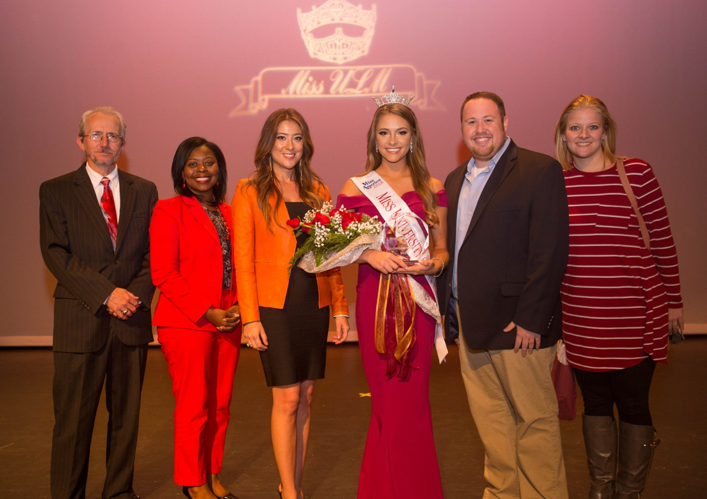 Miss ULM 2018 and the judges.