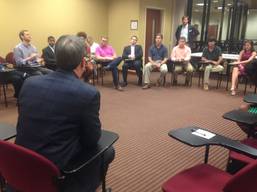 Sen.+Vitter+stops+by+campus+to+talk+higher+education