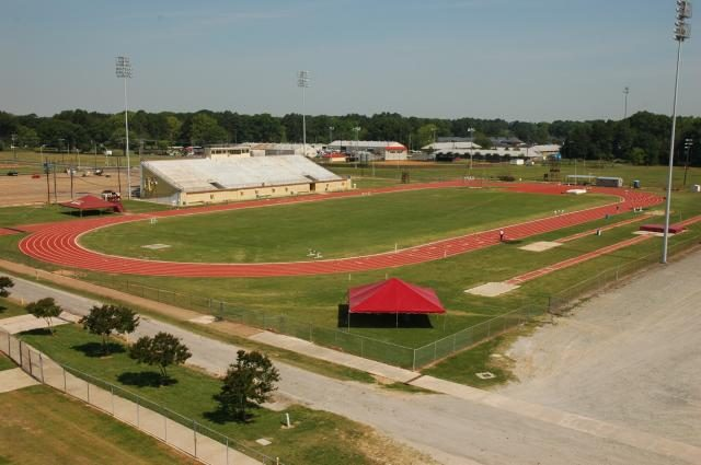 How+track+and+field+renovations+would+benefit+ULM%2C+community