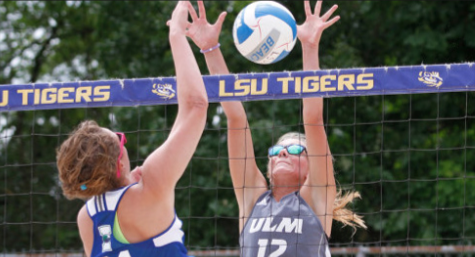 Beach Hawks back to winning on road