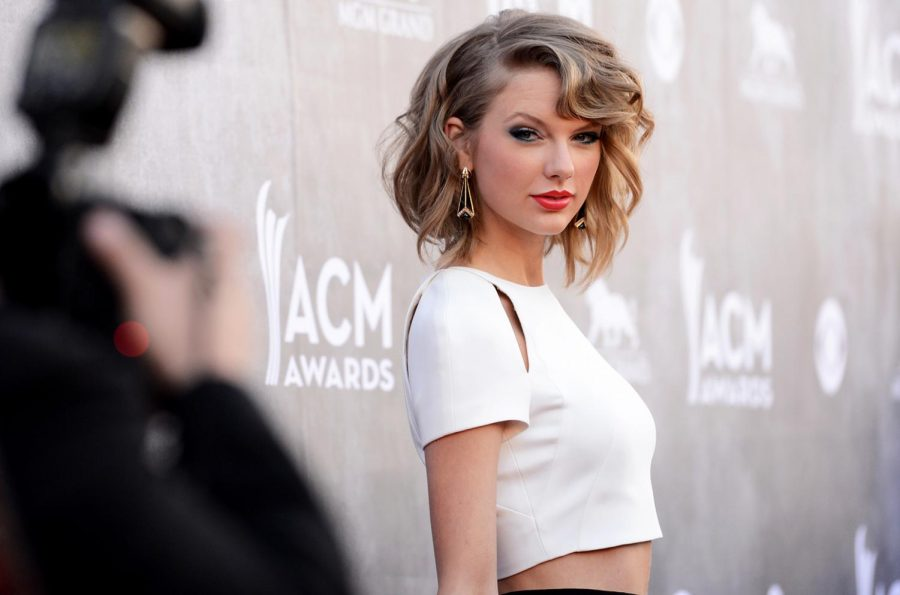 Taylor transformation: Country sweetheart to pop diva