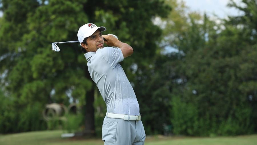 Men shine on the fairways: ULM swings into a 7th place finish