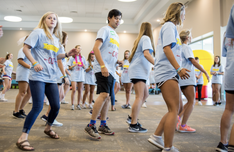 Phi Mu dances their way into donations, raise money for hospital