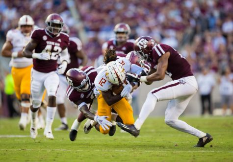 Aggies break Warhawks' winning streak
