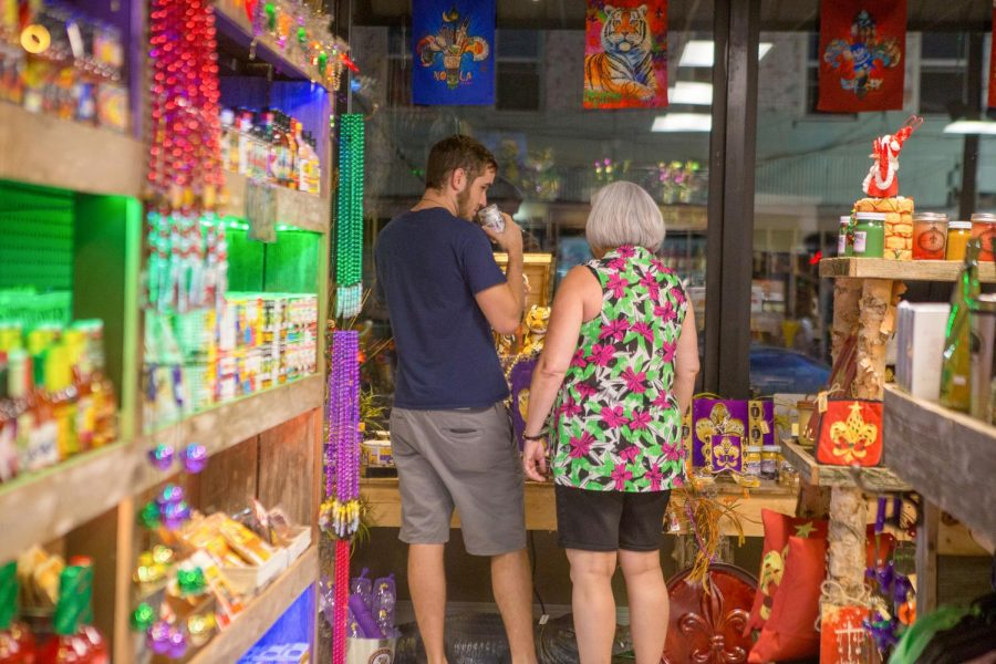 Antique Alley welcomes late-night shoppers