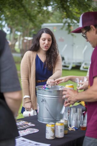 Spring Fever: Warhawks claw their way to annual crawfish boil