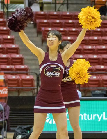 Japanese cheerleaders share ULM cheer experience