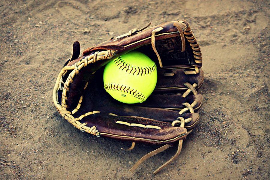 Softball opens season in Alabama