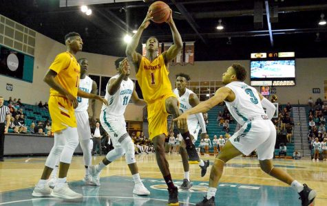 Men's basketball loses both road games