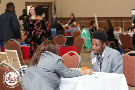 Education Majors Fair expands with interviews