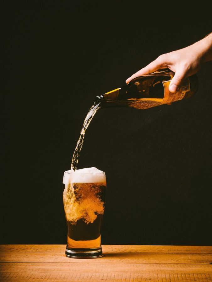 Local bars compete  for student attendance