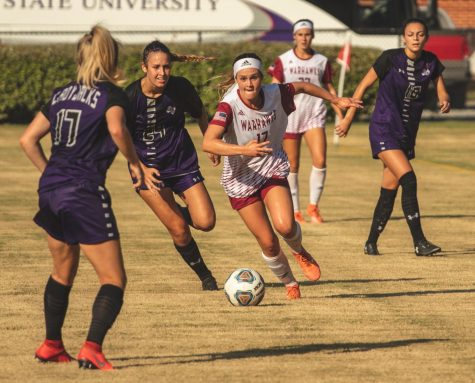 Nationally-ranked team takes down Warhawks