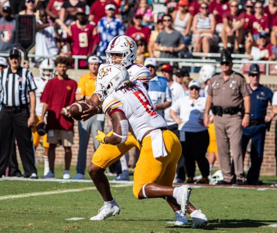 Cyclones spin out  Warhawks