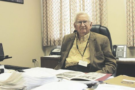 ULM honors deceased president emeritus