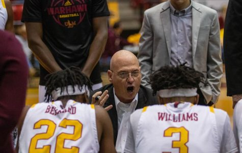 Warhawks clipped  by  Texas Sun Belt foes
