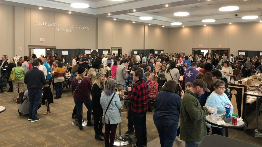 Empty Bowls fights against hunger