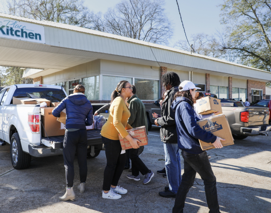 ULM, Delta unite  to volunteer on MLK day of Service