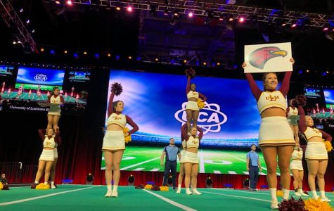 Cheer makes 'a hit' at  national competitions