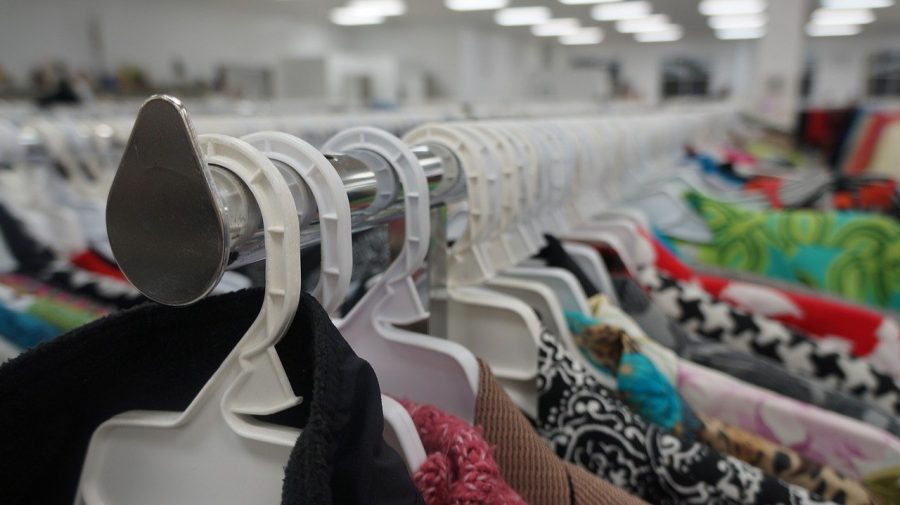 Students should buy from thrift shops
