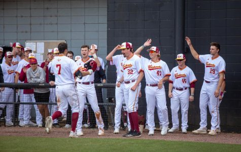 Hot start continues for baseball, wins 3 more