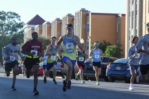 Runners unite for 36th annual University Mile