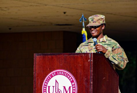 Ceremony honors campus veterans, active duty military