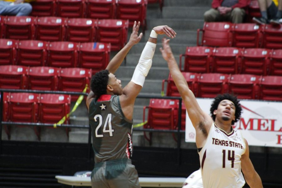 Warhawks finish just short against Bobcats