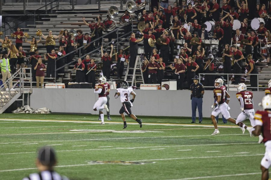 Warhawks' defense delivers win over Troy
