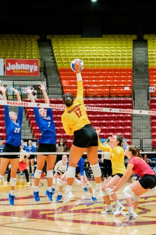 Offense stalls out in 3-game tournament sweep
