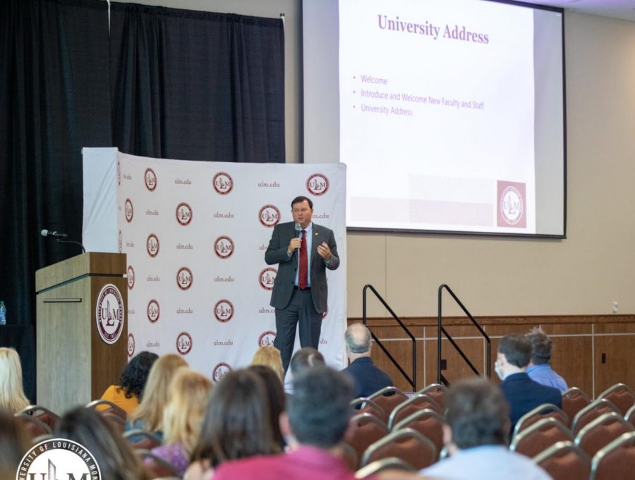 ULM recognizes President Berry with Investiture Week