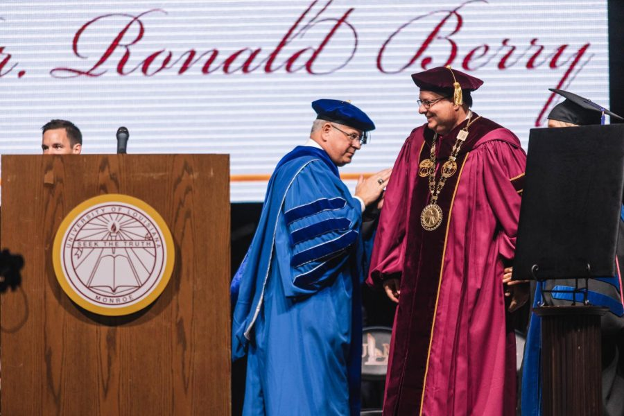 Investiture+ceremony+installs+Ronald+Berry+as+president